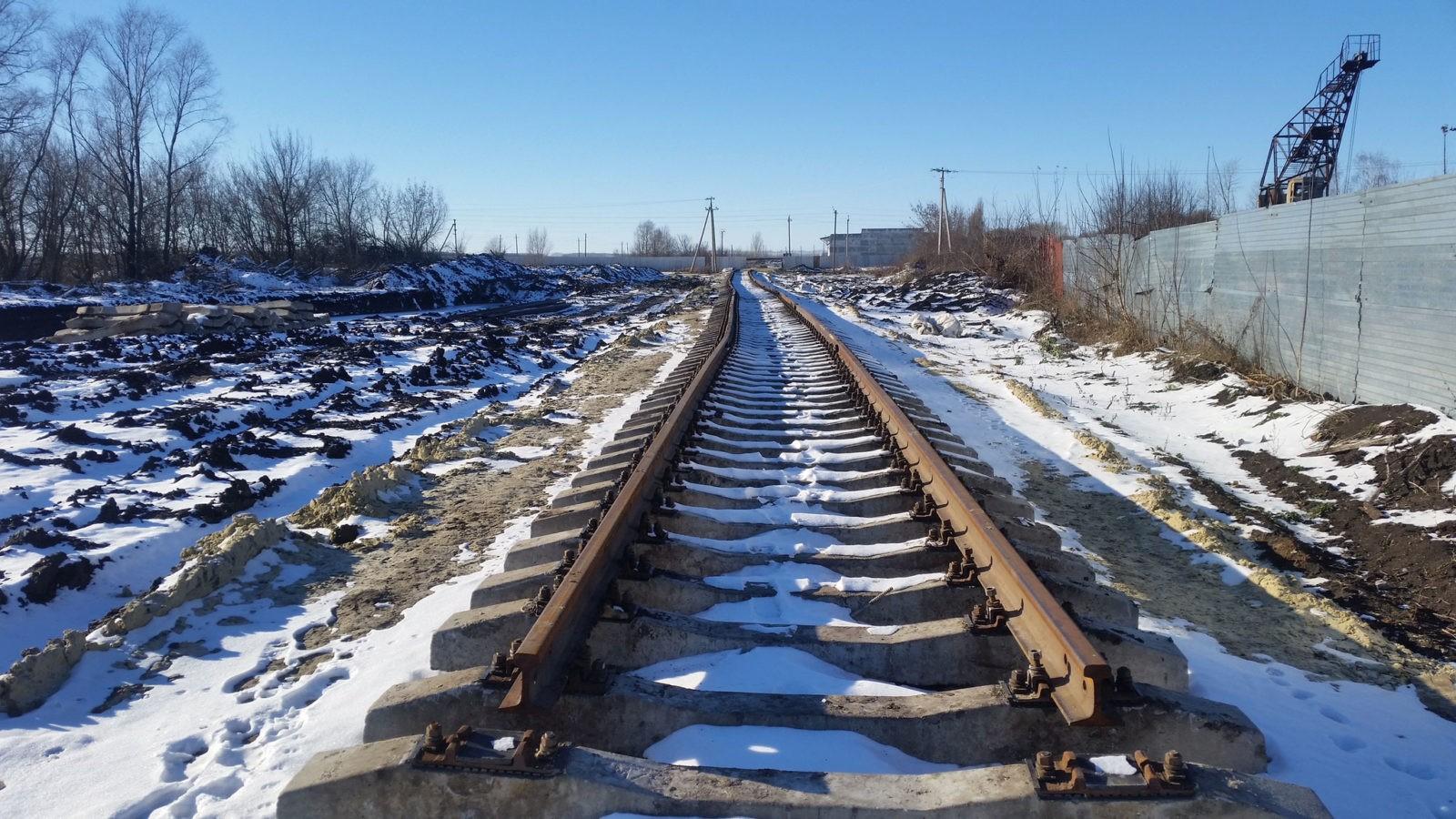 Железнодорожный путь зимой